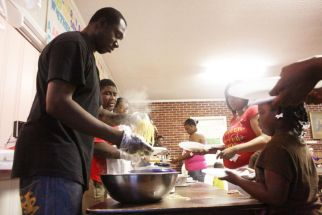 NETC Students Help Serve Meals